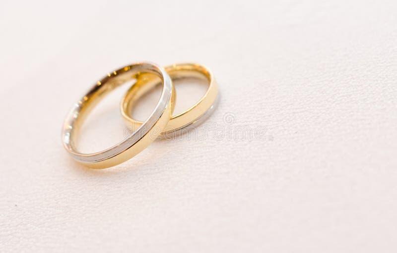 Piękne obrączki ślubne obrazy royalty free