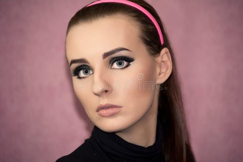 pięknego dziewczyny portreta retro styl zdjęcia royalty free