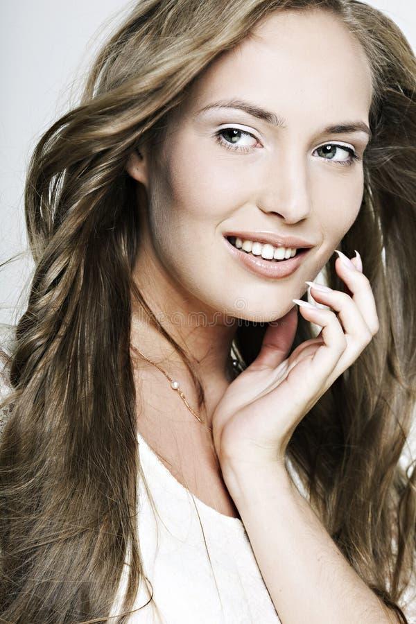 pięknego dziewczyny włosy długi ja target611_0_ cudowny zdjęcie stock
