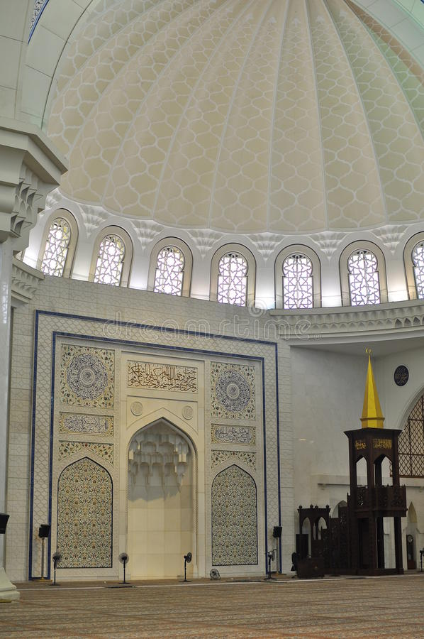 pięknego projekta wewnętrzny meczetowy wilayah zdjęcie royalty free