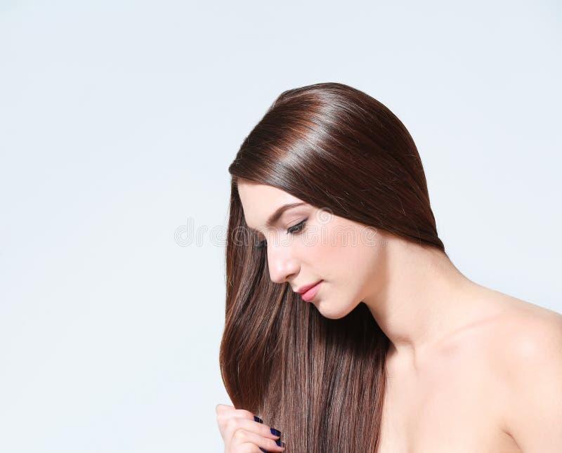 pięknego włosy dłudzy prości kobiety potomstwa obraz royalty free