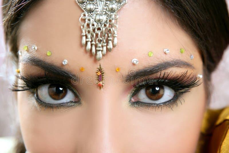 pięknej brunetki indyjska portreta kobieta zdjęcia royalty free