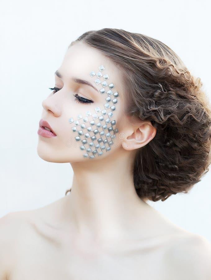 pięknej brunetki kreatywnie dziewczyny makeup potomstwa zdjęcie royalty free