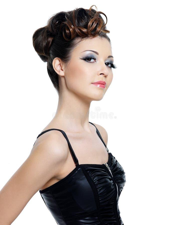 pięknej fryzury nowożytna kobieta fotografia royalty free