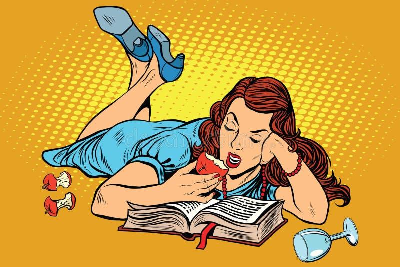 Pięknej kobiety łgarski puszek czyta książkę i je Apple royalty ilustracja