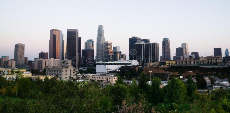 Pięknej Lekkiej Los Angeles miasta W centrum linii horyzontu Miastowy metro fotografia stock