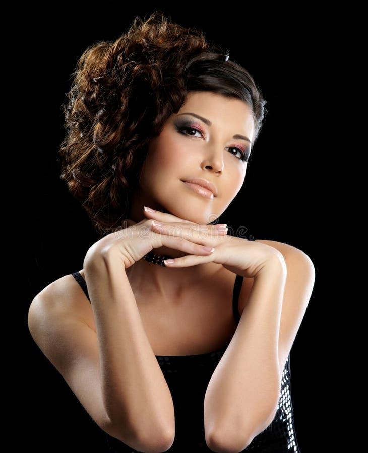 pięknej mody fryzury elegancka kobieta obrazy stock