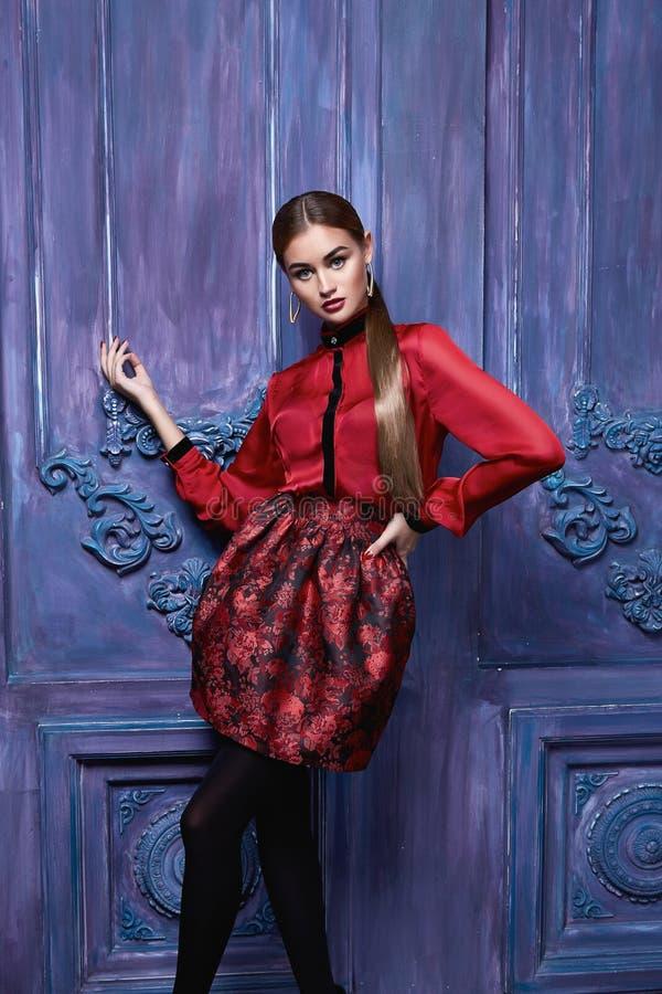 Pięknej seksownej kobiety kolekci mody odzieżowy biznesowy styl obraz royalty free