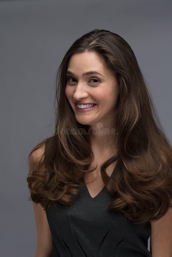 piękni brunetki portreta kobiety potomstwa obrazy royalty free