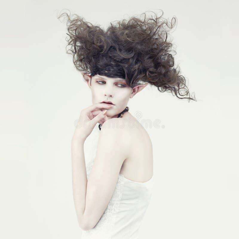piękni elfa dziewczyny potomstwa zdjęcie stock