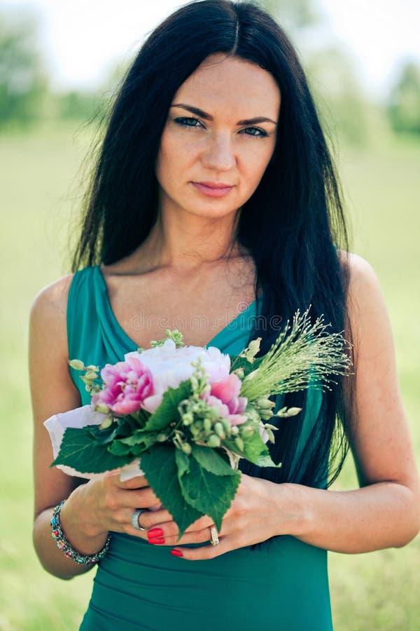 piękni kwiatu kobiety potomstwa fotografia royalty free