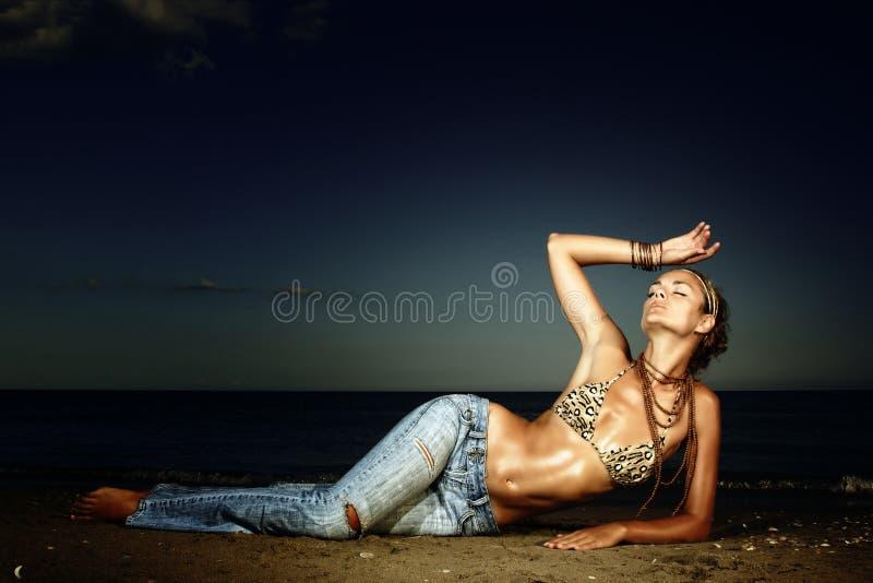 piękni mody modela seksowni potomstwa zdjęcie royalty free