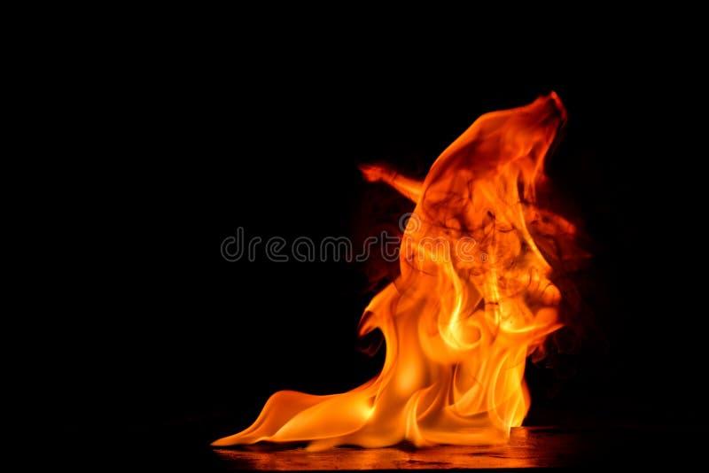 Piękni ogieni płomienie zdjęcia royalty free