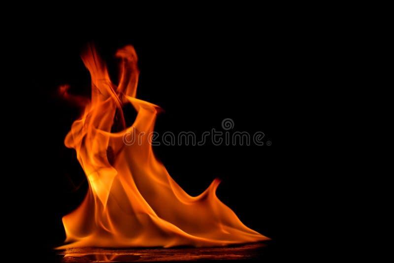 Piękni ogieni płomienie obrazy stock