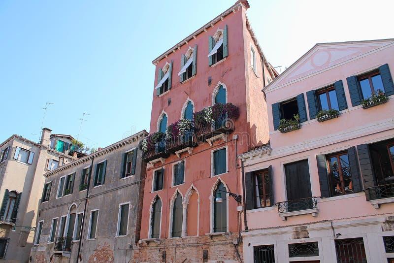 Piękni turystyka strzały Venice w Italy pokazuje budynków kanały i starą venetian architekturę zdjęcie stock