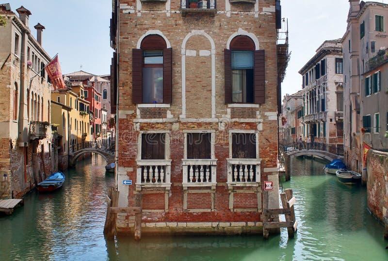 Piękni turystyka strzały Venice w Italy pokazuje budynków kanały i starą venetian architekturę zdjęcia stock