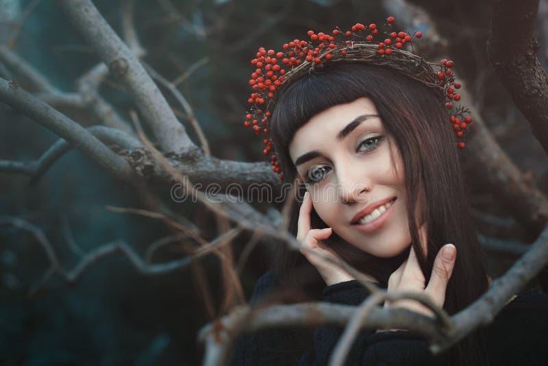 piękni uśmiechu kobiety potomstwa obraz royalty free