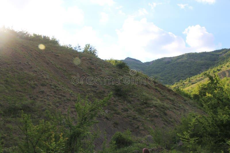 Piękni widoki góry i niebo obrazy royalty free