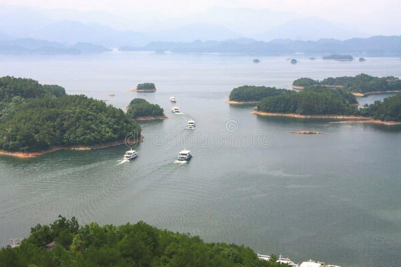 Piękni widoki qiandao jezioro zdjęcie royalty free