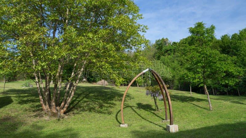 Pięknie robiący manikiur parka ogród obraz stock