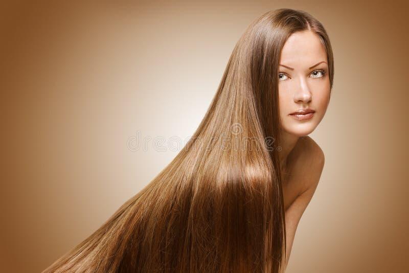 Piękno kobieta. długie włosy zdjęcie royalty free