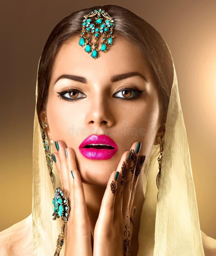 Piękno kobiety Indiański portret obrazy royalty free
