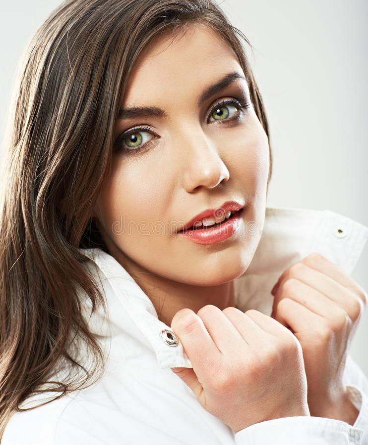 Piękno kobiety twarzy zakończenie w górę portreta Młode kobieta modela pozy zdjęcie stock