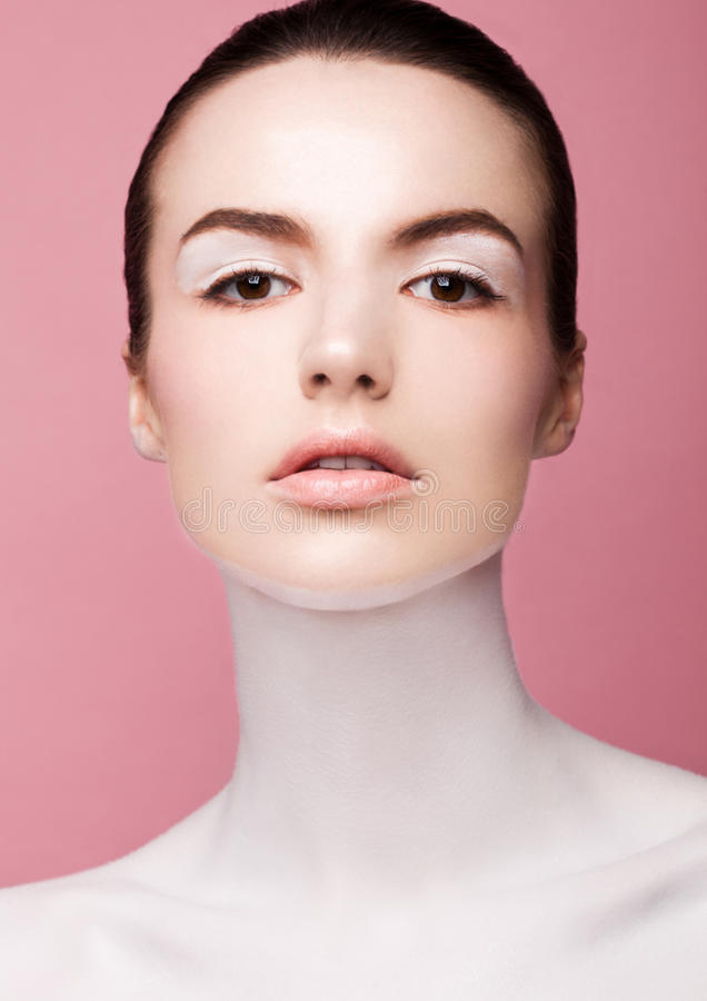 Piękno mody model z białym skóry makeup obraz royalty free