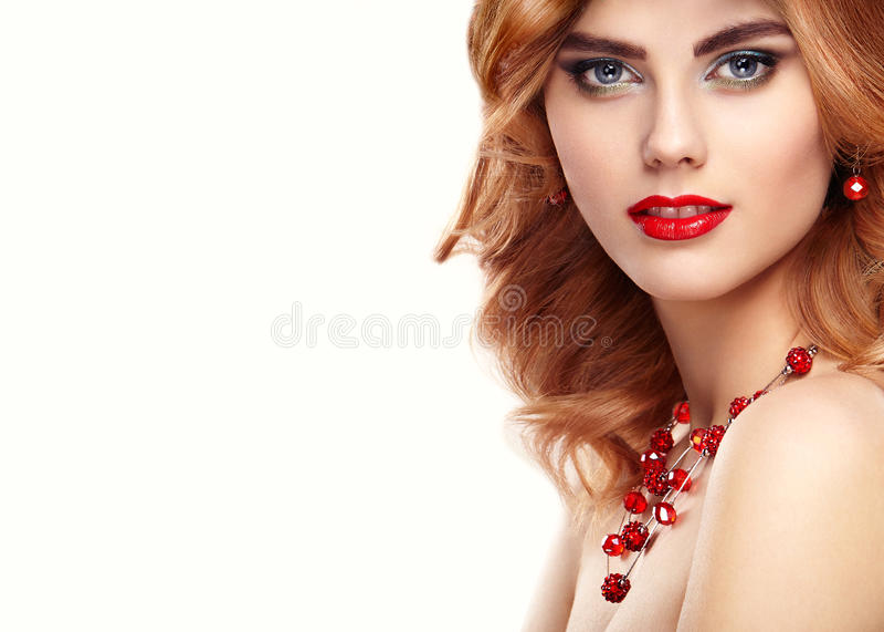 Piękno mody modela rudzielec dziewczyny portret obrazy royalty free