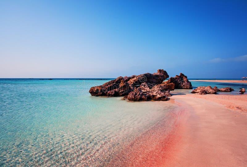 Piękno natura Piękna Elafonissi plaża z Różowym piaskiem zdjęcia stock
