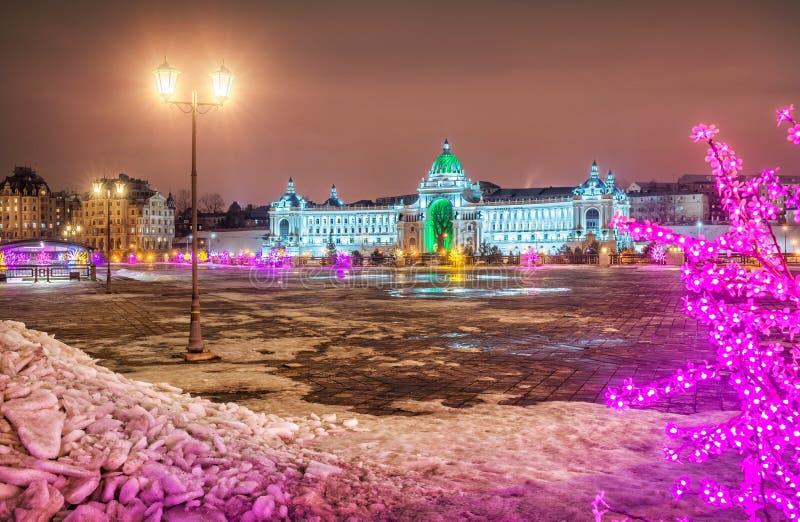 Piękno noc rolników ` pałac w Kazan zdjęcie royalty free
