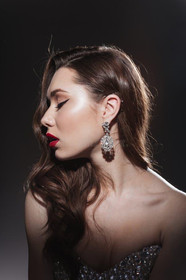 Piękno portret urocza kobieta z świeżą skórą zdjęcie stock