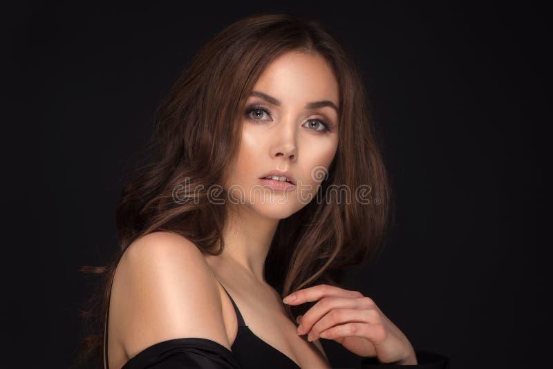 Piękno portret zmysłowa młoda kobieta obraz royalty free