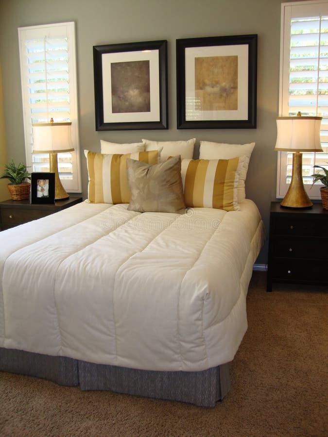 piękny łóżkowy pokój fotografia stock