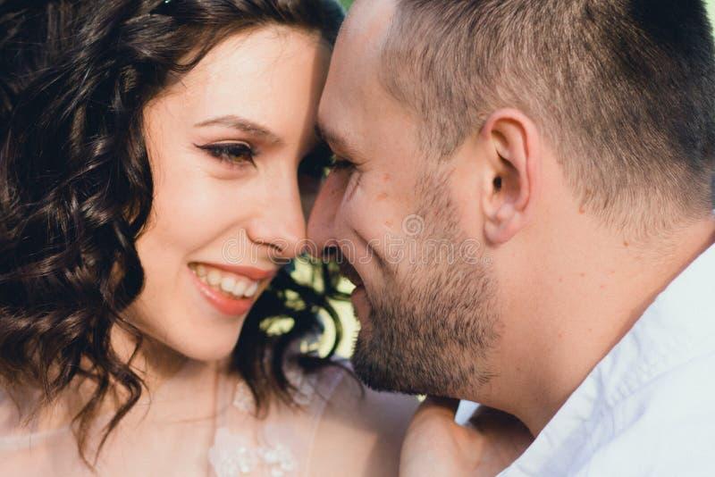 Piękny ślub w naturze fotografia royalty free