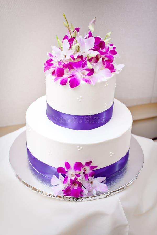 Piękny Ślubny tort obrazy royalty free