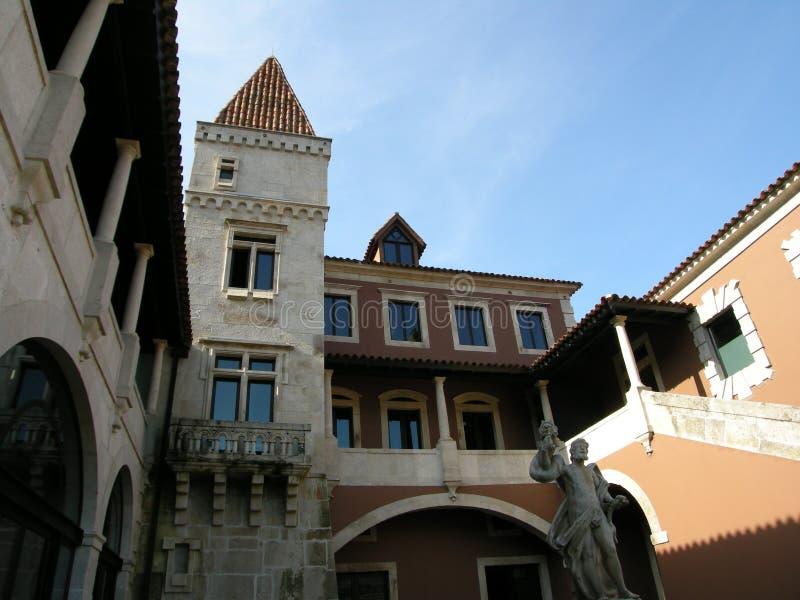 Piękny architektoniczny antyczny buduje Portugal obrazy royalty free