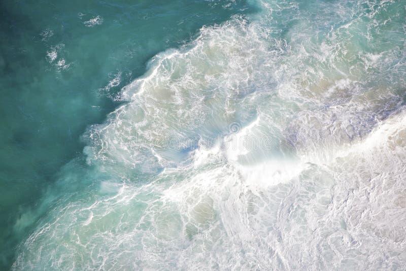 piękny błękitny głęboki ocean obrazy stock