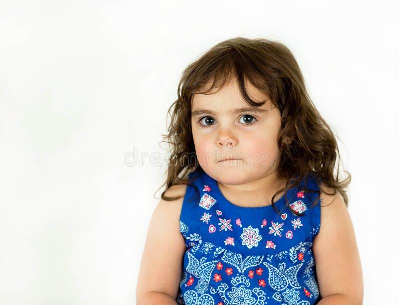 Download Piękny Berbeć W Kwitnącej Sukni Zdjęcie Stock - Obraz złożonej z śmieszny, dzieciństwo: 53791642