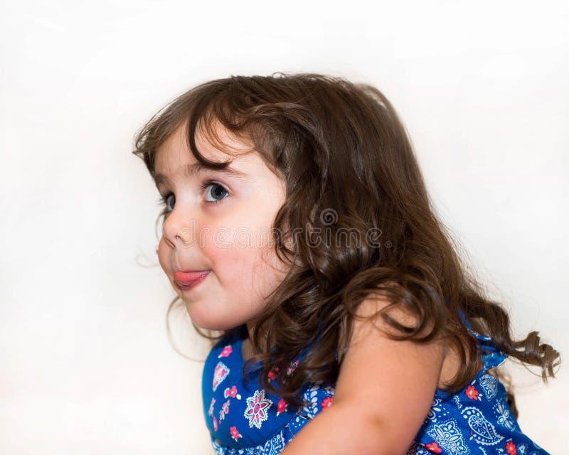 Download Piękny Berbeć W Kwitnącej Sukni Obraz Stock - Obraz złożonej z osoba, śmieszny: 53792043