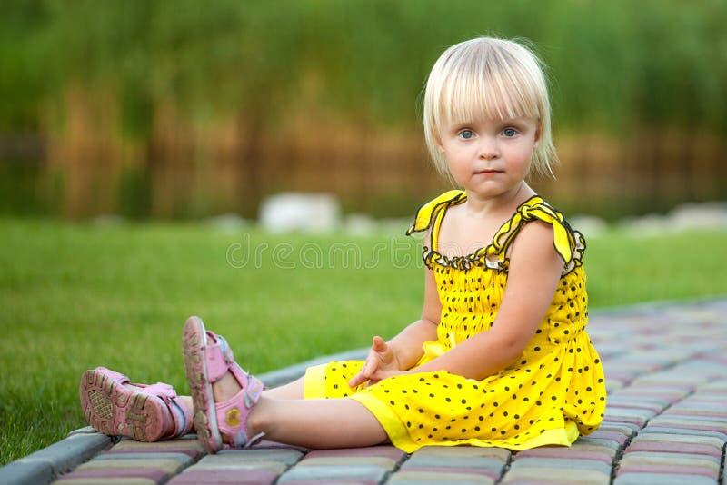 piękny blondynki piękna dziewczyna obraz royalty free