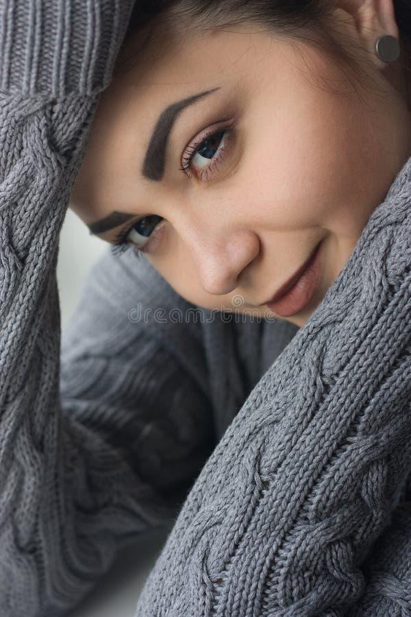 piękny brunetki zakończenia portret piękny fotografia royalty free