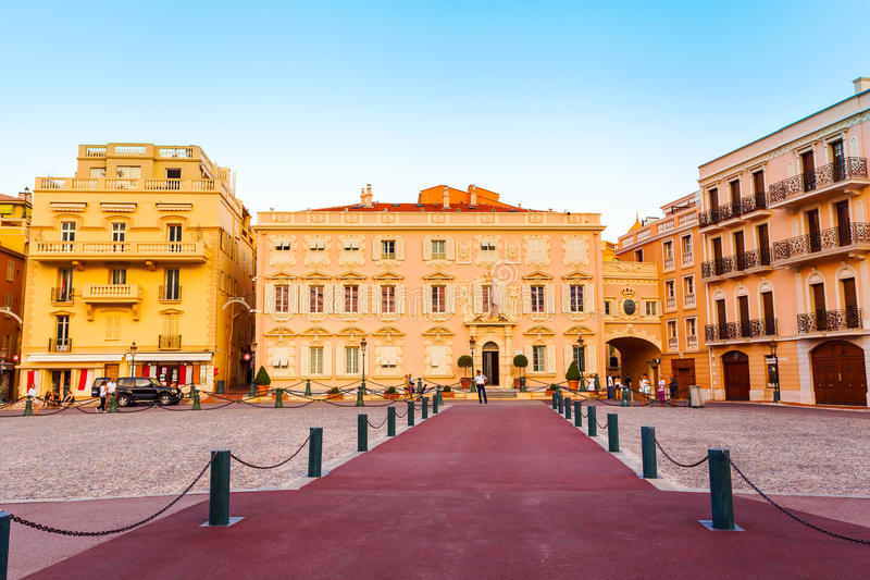 Piękny budynek Prince& x27; s pałac w Monaco fotografia stock