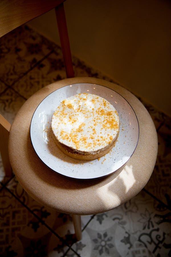piękny ciasto torty i macaroons torty i inni słodcy desery obrazy stock