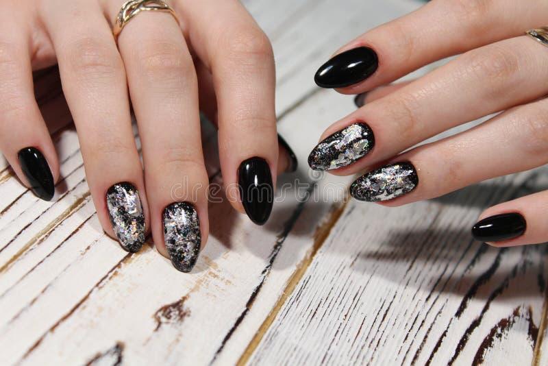 piękny czarny manicure fotografia royalty free