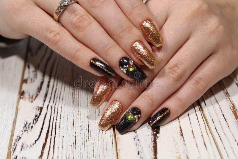 piękny czarny manicure zdjęcie royalty free