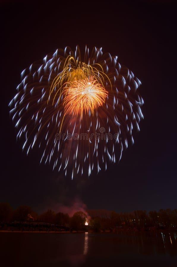 Piękny fajerwerk na cześć Moskwa zwycięstwa dnia paradę zdjęcia royalty free