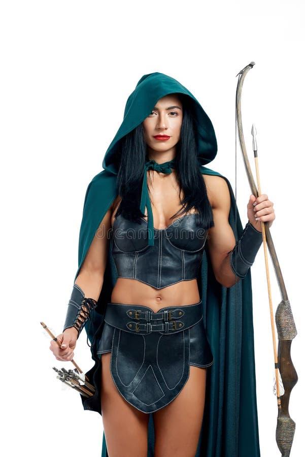 Piękny i młoda dziewczyno robi cosplay fantazji istota zdjęcia royalty free