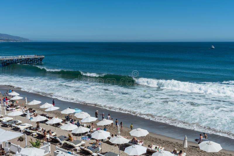 Piękny jasny letni dzień przy raj zatoczką, Malibu, Kalifornia obrazy stock