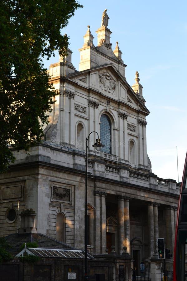 Piękny kościół w Londyn, południowy Kensington zdjęcia stock
